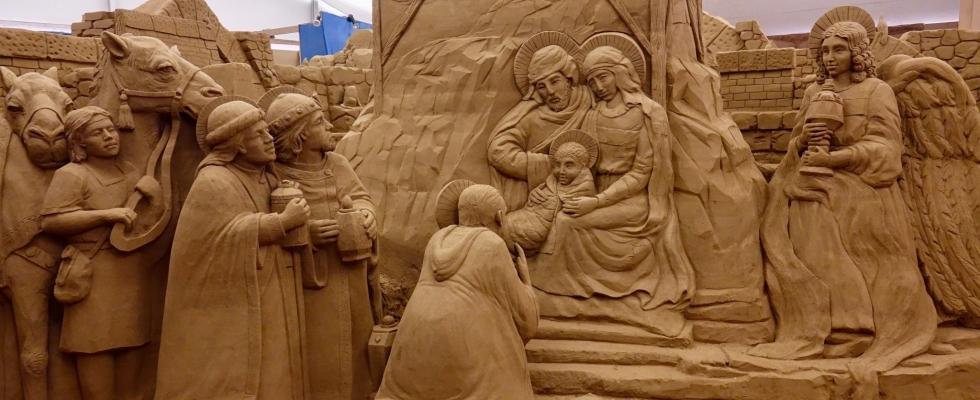 Presepe di Sabbia – XVI Edizione  PER NOI E' GIA' NATALE 2019…..stiamo già pensando al tema del presepe di sabbia e, soprattutto, abbiamo deciso le date e orari di apertura che potete consultare nell'allegato. ORARI